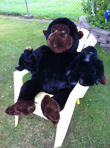 1 EXTRA LARGE Monkey, 2 smaller stuffed Gorilla's