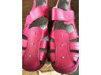 Ladies Hot Pink Leather Sandals Size 4