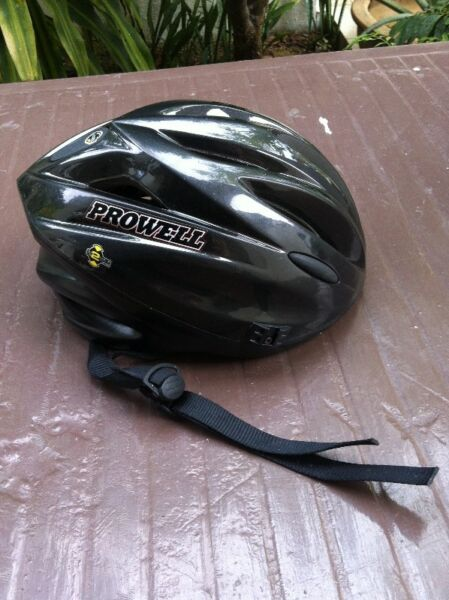 Prowell helmet in good condition. Size Small for Kids