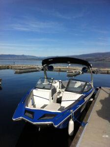 Boat slip for rent, 25' long, Cove resort in West Kelowna