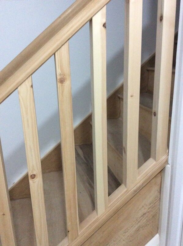 29 contemporary pine stair spindles NEW