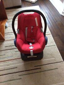 MaxiCosi car seat and family fix base