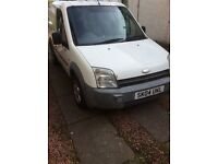 Transit connect,1.8ltre,good runner,mot up end of october looking for £700 will except offers