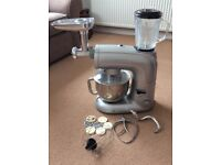 Food mixer with liquidiser and mincer