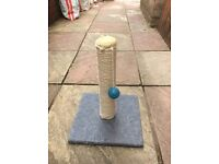Cat scratching / play post