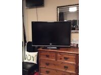"37"" HD TV TOSHIBA"