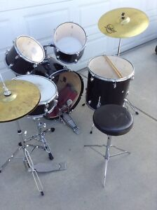Used Beginner Black Drum Kit Ready to play-Delivery