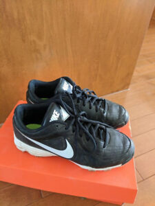 Used Nike Unify Srike Soccer Cleats Size 8