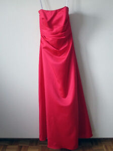 2 Bridesmaid/ wedding/prom dresses for 240 or 125 each