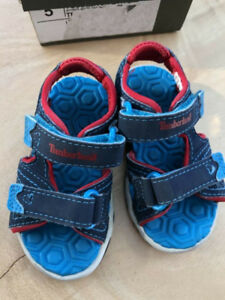 Sandales pour bambin taille 5 Timberland Toddler Size 5 sandals