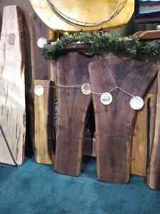 Charcuterie boards,serving boards,live edge decor boards Kitchener / Waterloo Kitchener Area image 1
