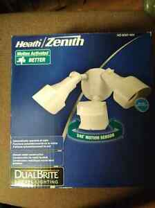 Heath/Zenith dual brite motion activated light London Ontario image 1