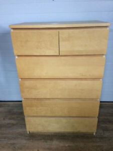 1 6 drawer MALM dressers with glass top.