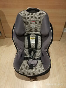 3 car seats for sale