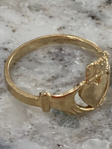 10k Gold Claddagh Ring sz. 4.5