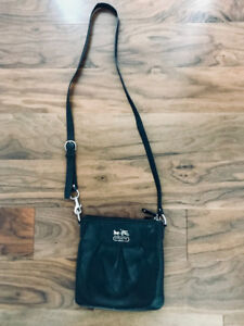 Authentic Coach Black Leather Crossbody Purse