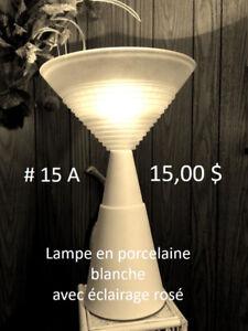 Lampe - Table TV - Assiette Étain - Vase - Coupe