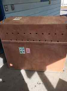 EXTRA LARGE/LARGE AIRLINE APPROVED DOG KENNEL/CRATE/CAGE