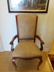 Victorian Style Parlor Chair