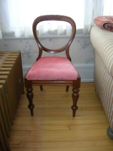 Lovely antique occasional chair from 1800's