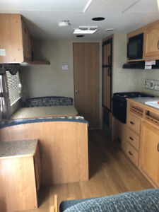 23 Foot Mallard Sport Travel Trailer