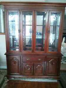 China cabinet. Excellent condition. 2 piece set very nice!