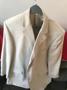 joseph and fiess 3 button suit worn once