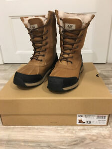91c10ac99ee Ugg Winter Boots | Kijiji in Ontario. - Buy, Sell & Save with ...