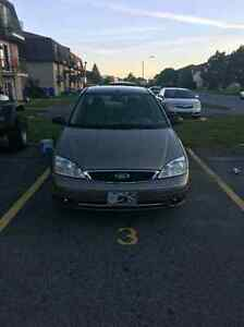 Ford focus 2005 130 000 km 1700$ nego