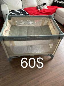Parc de bebe deux etage en bonne etat 60$