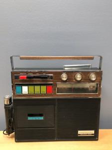 Radio - Radio Central Solid State AM/FM