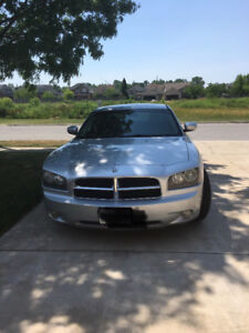 Dodge Charger R/T hemi .Certified