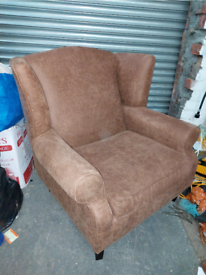 Armchair - Quality Extra Comfy Brown Suède-like Fabric Armchair