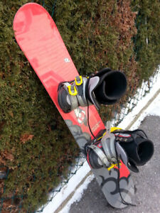 Rossignol Juniors Snowboard (with Boots) $80.00