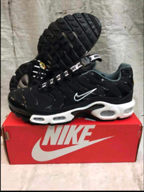 BRAND NEW NIKE TNS AIR MAX TUNED PLUS SIZE 8