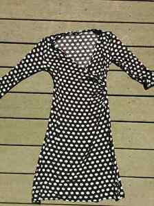 Maternity shirts, skirt, capris, dresses - great condition!