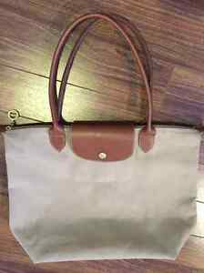 Creme large Longchamp