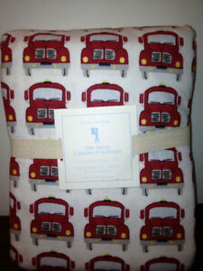 Pottery Barn Kids Boys Fire truck Engines Flannel Sheet Set NEW