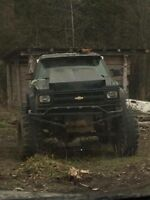 1988 Chevy blazer lifted mud toy