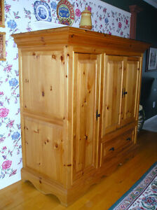 Armoire, commode, penderie