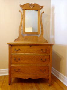 Maple Dressing Table with Mirror $250 OBO