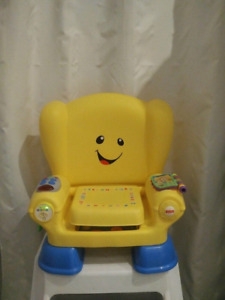Musical Toy Chair / Chaise musicale pour enfant
