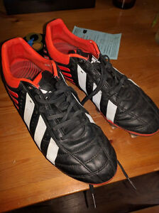 Adidas Mens 8.5 Rugby Cleats