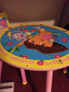 Dora the Explorer kids table and three chairs (wood)