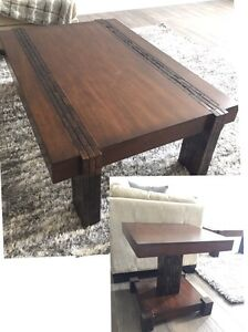 Large coffee table & matching end table.