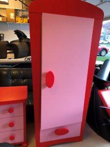 Girl's Bedroom set