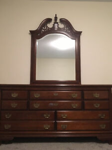 Solid Wood Dresser Vintage Buy And Sell Furniture In Ontario