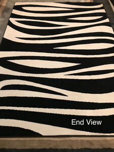 Imported Tapis Area Rug - Black and White 5 x 7' OBO