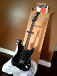 "*NEW IN BOX* Fender ""Black Beauty"" Strat - Factory Special Run!"