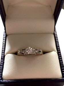 STUNNING 14k Two Tone .50 TW Diamond Ring Belleville Belleville Area image 2